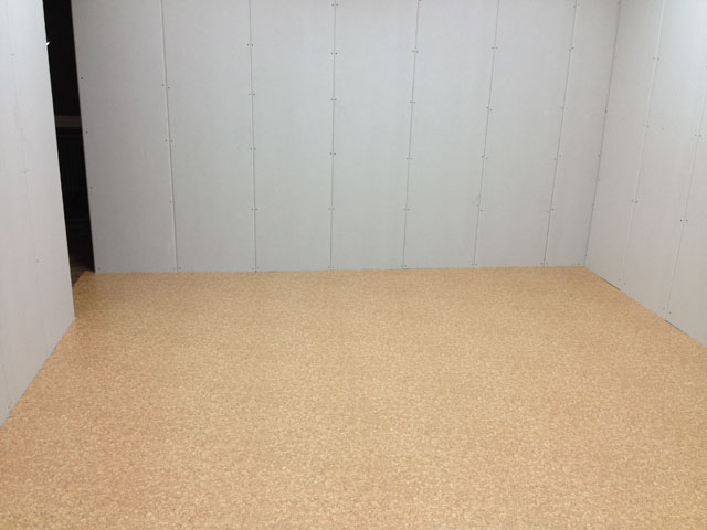 16.09.12: Jetzt liegt auch der Fußboden